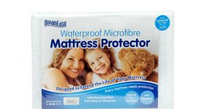 Dreameasy Luxury Waterproof Mattress Protector